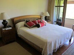 Laguna-Lakeshore-3-Bedroom-Townhome---113911.jpg