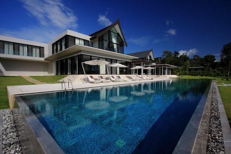 See Unique Beachfront Villa details