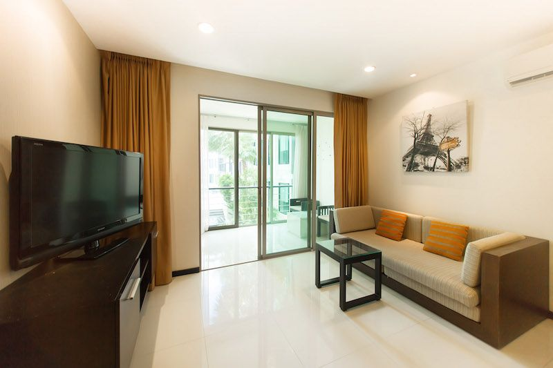 Affordable-1-Bedroom-Condominium,-Kamala---23015a-2.jpg