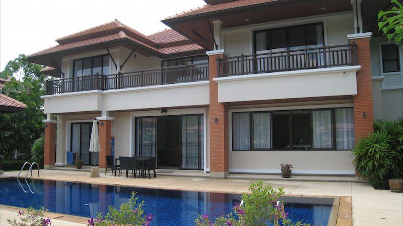 Fabulous-5-Bedroom-Laguna-Residence---12025a1.jpg