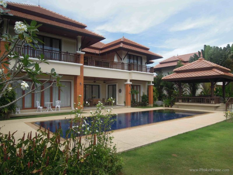 See Laguna 4 Bed Residence - SOLD details