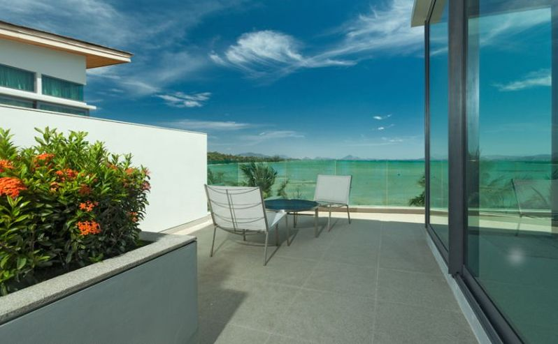 See Amazing Beachfront 3-Bedroom Villa details