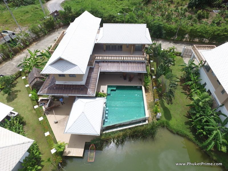 See 6-Bedroom Pool Villa details