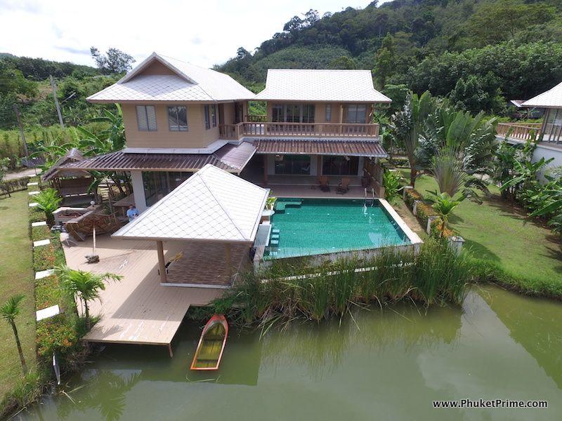 Lakeside-6-Bedroom-Pool-Villa---131512.jpg