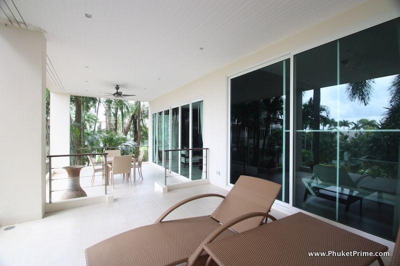 Modern-Contemporary-3-Bedroom-Apartment---139111.jpg