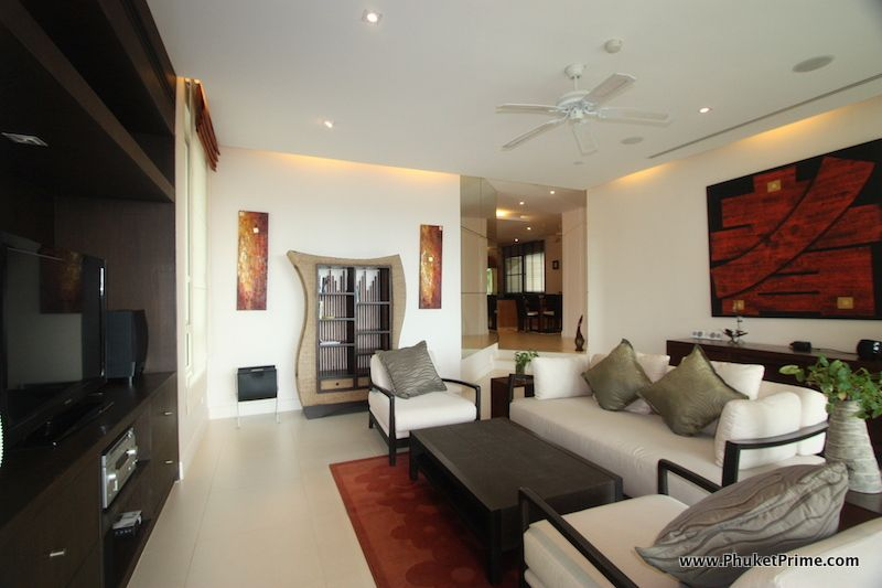 Modern-Contemporary-3-Bedroom-Apartment---13913.jpg