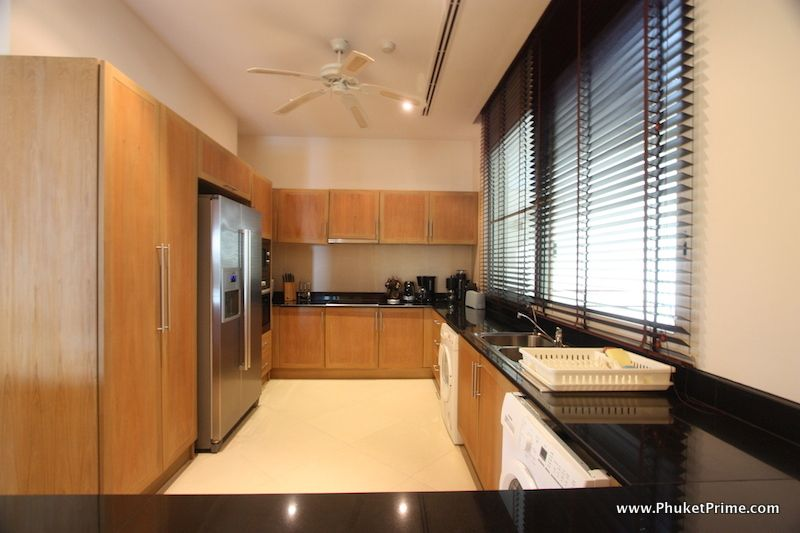 Modern-Contemporary-3-Bedroom-Apartment---13916.jpg