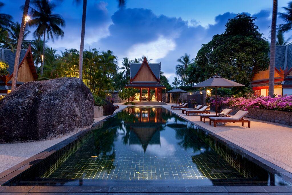 See 5-Star 4-Bedroom Sea-View Villa - SOLD details