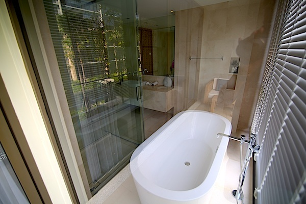 Luxury-3-Bedroom-Beachside-Apartment---1520-Baan-Mai-Khao6.jpg