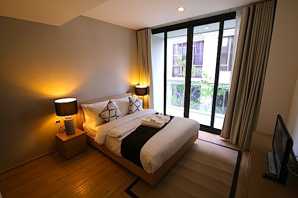 Luxury-3-Bedroom-Beachside-Apartment---1520-Baan-Mai-Khao7.jpg