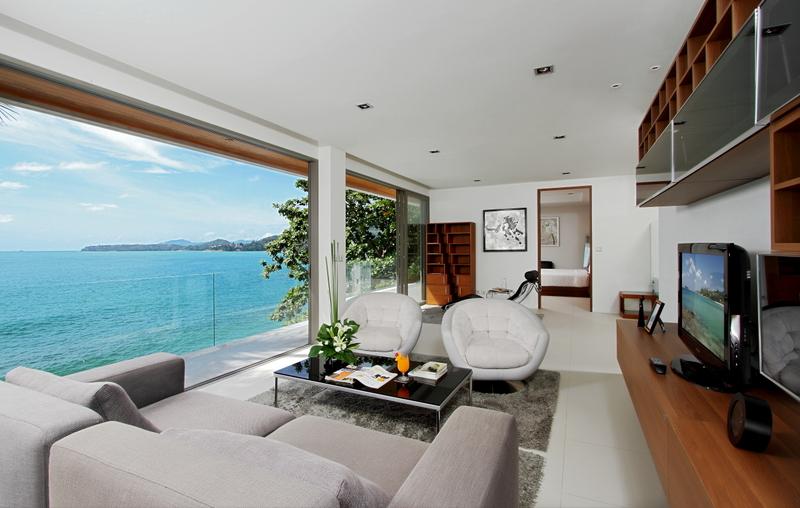 See Absolute Oceanfront Villa details
