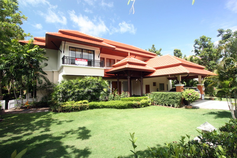 See Stunning Laguna  Residence - SOLD details