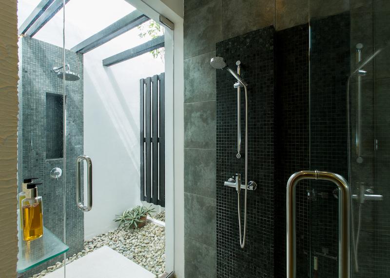 Stunning-Modern-3-Bedroom-Villa---1597-Laguna12.jpg