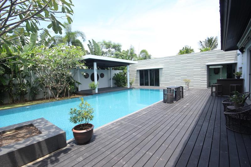 Super-Family-Pool-Villa---16022.jpg