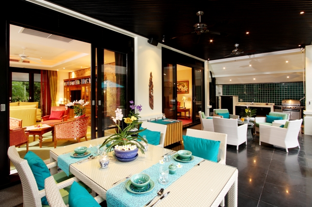 Large-Family-Villa-Close-To-The-Beach---16139.jpg