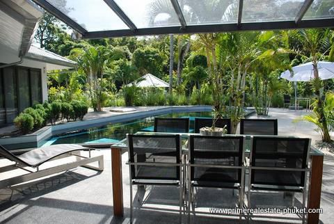 See Modern Family Villa details