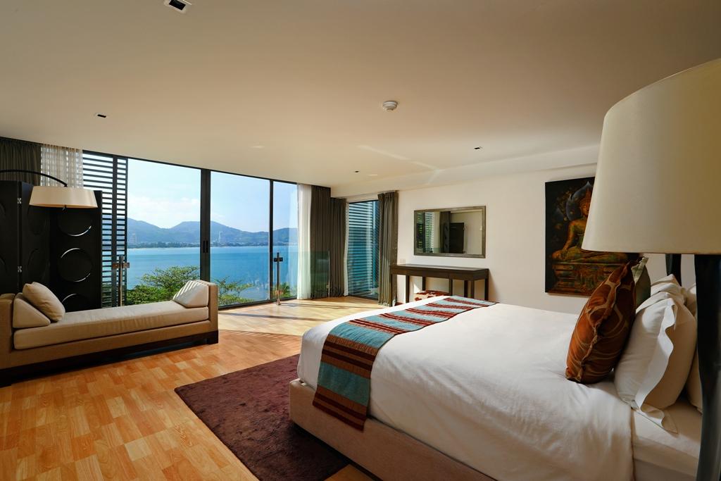 Perfect 3 Bedroom Sea View Condo-br1_03.jpg