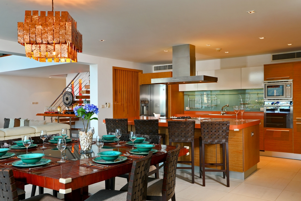Perfect 3 Bedroom Sea View Condo-Kitchen_02.jpg