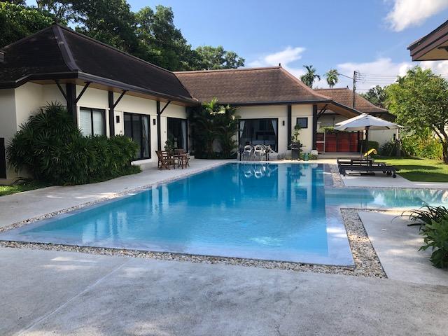 See Modern 4 Bed Villa Large Pool Layan Beach details