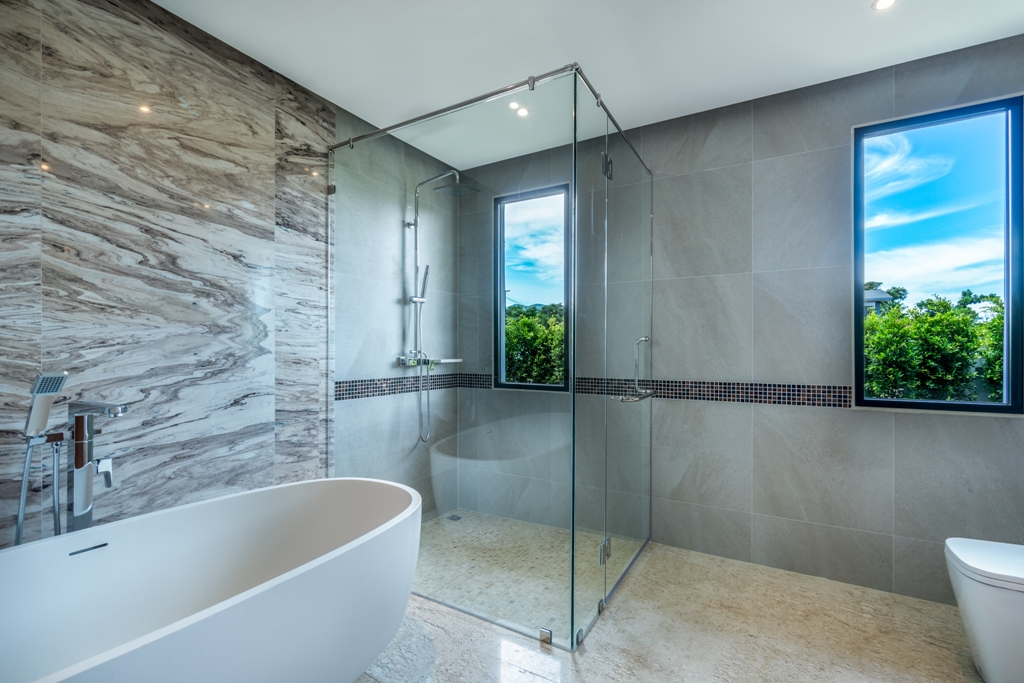 Stunning Golf View Villa-4_Bathrooms_3.JPG