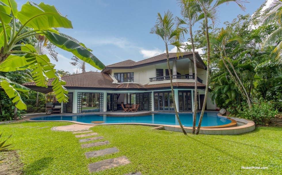 See Private 4 Bedroom Pool Villa Surin Beach details