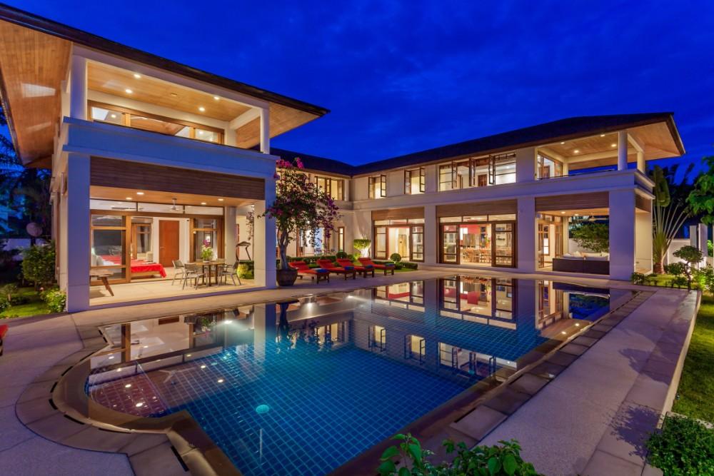 See Loch Palm Golf Villa details
