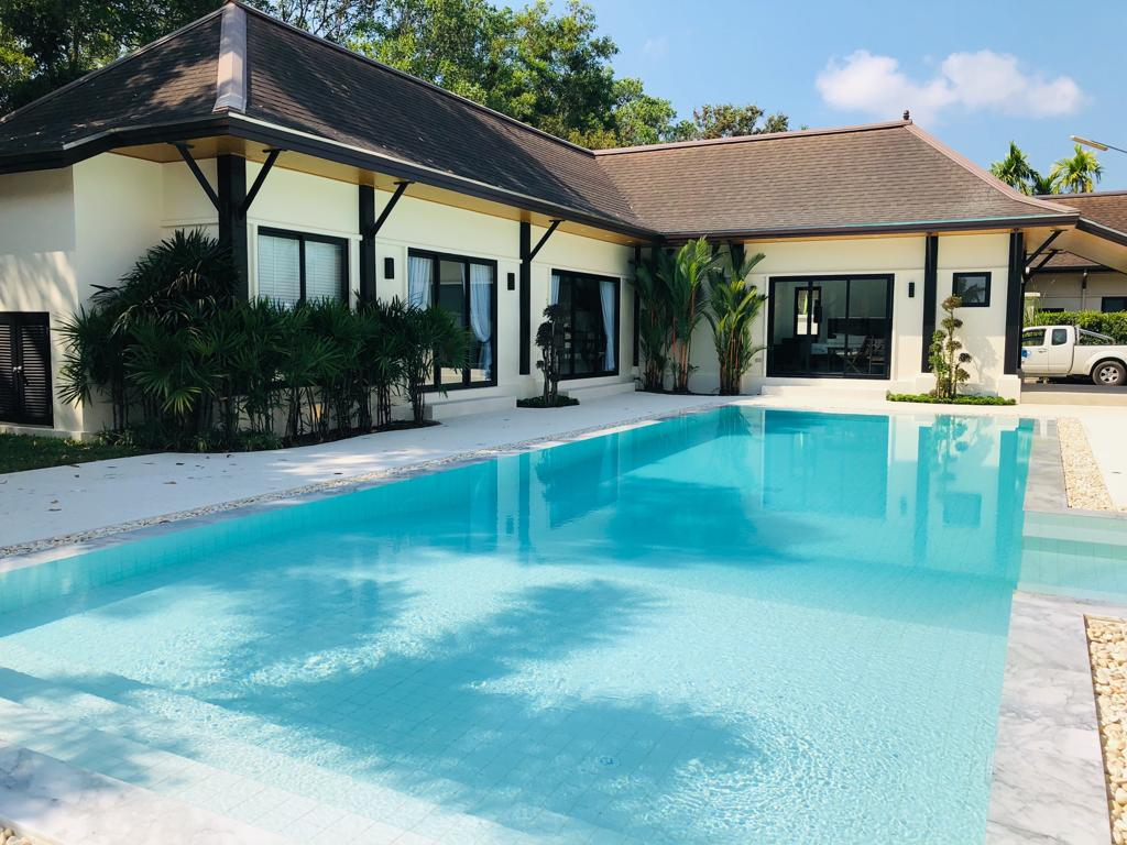 See Immaculate 4 Bed Pool Villa Layan Beach details
