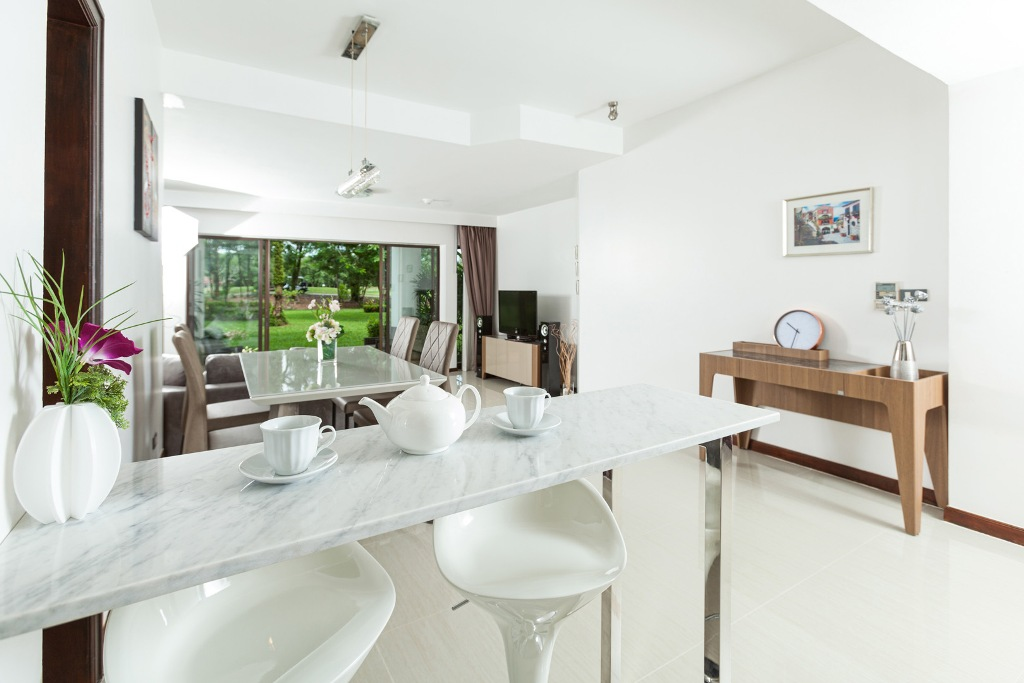 Stunning 1 Bed Golf View Apartment-IMG_0012.jpg