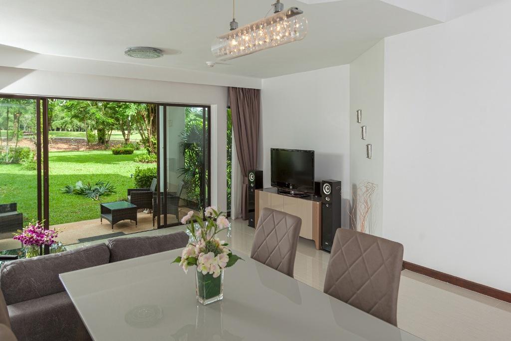 Stunning 1 Bed Golf View Apartment-IMG_0024.jpg