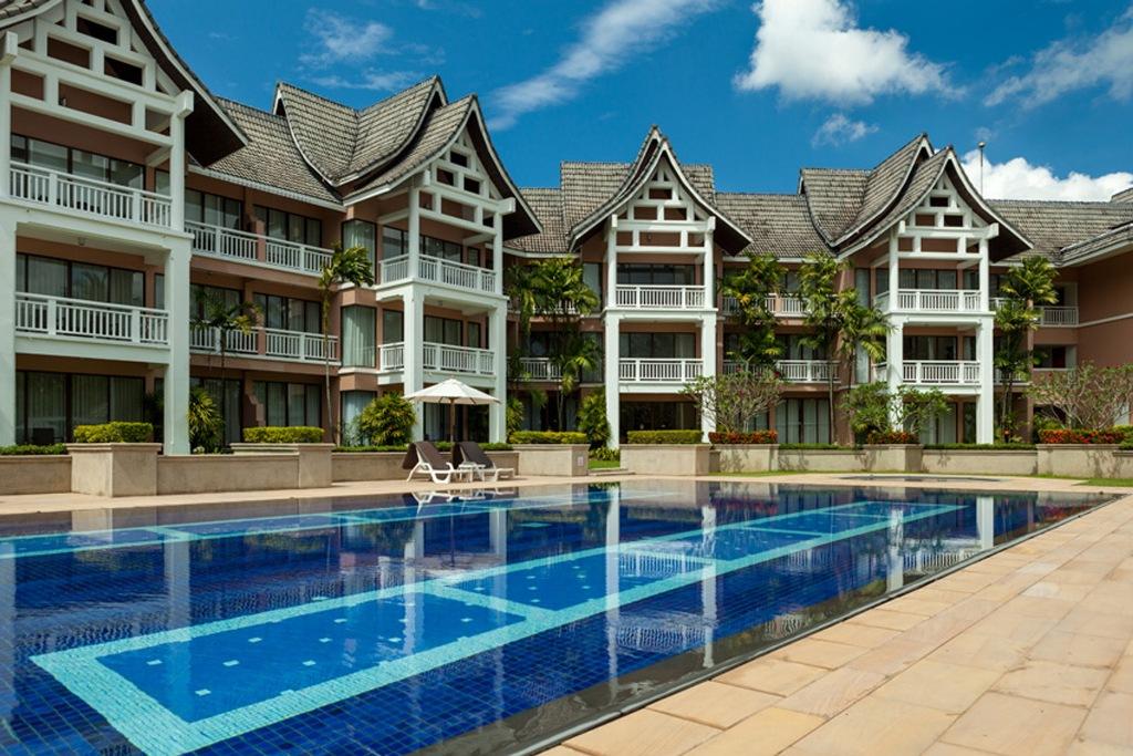 Stunning 1 Bed Golf View Apartment-IMG_1438.jpg