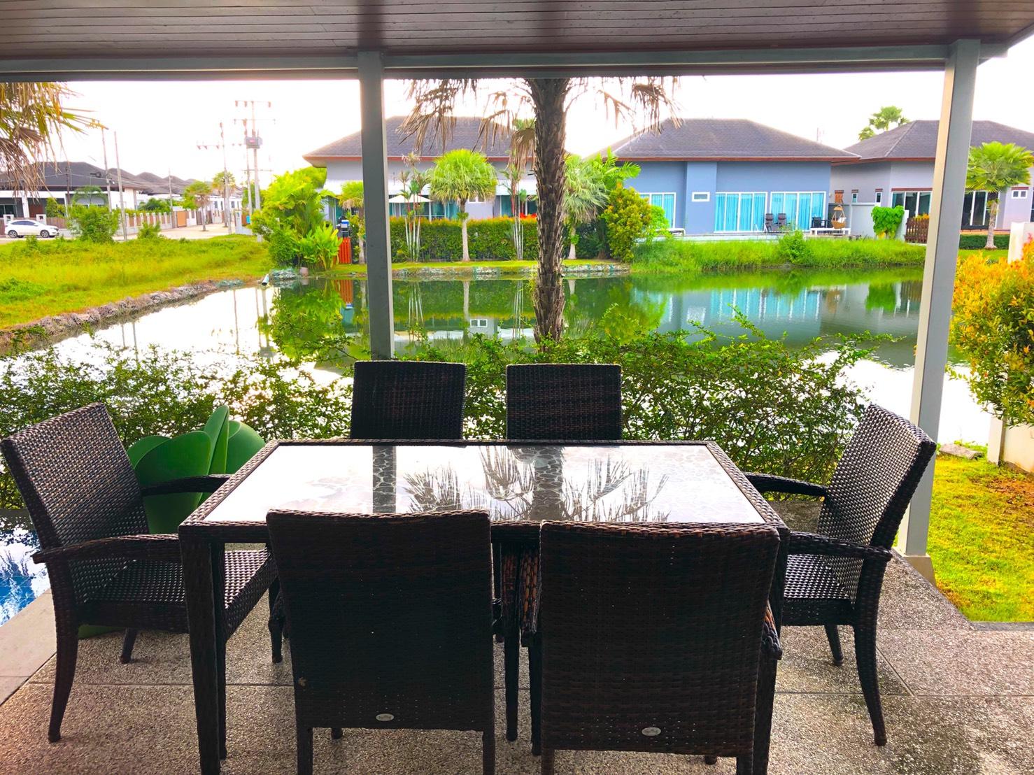 Ananda Lakeview 3 Bedroom Pool Villa-1571827098623.jpg