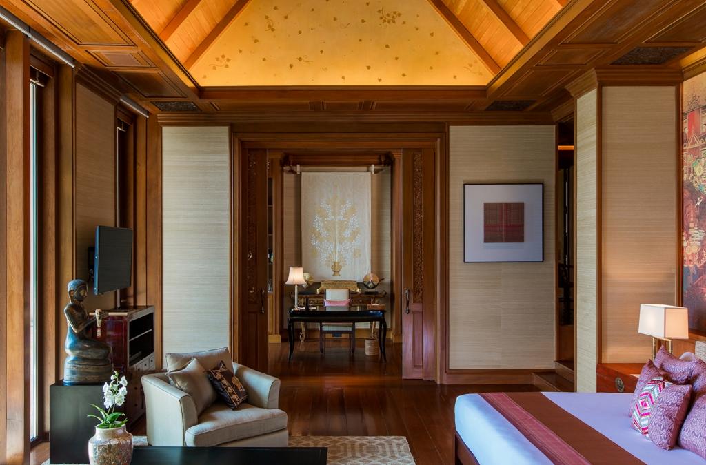Stunning Oceanfront Luxury Villa-Stunning Oceanfront Luxury Villa Prime Real Estate Phuket 1688 bedroom.jpg