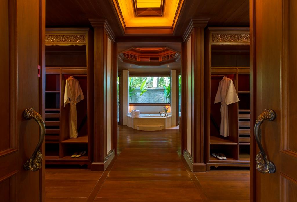 Stunning Oceanfront Luxury Villa-Stunning Oceanfront Luxury Villa Prime Real Estate Phuket 1688 ensuite.jpg
