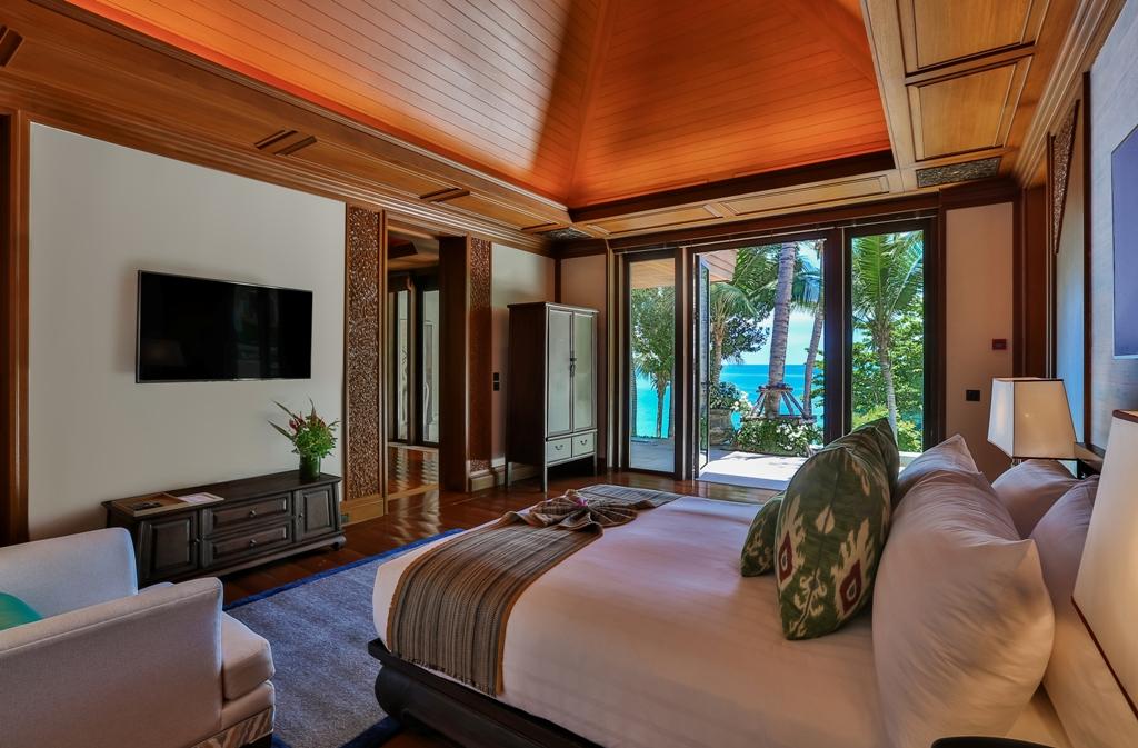 Stunning Oceanfront Luxury Villa-Stunning Oceanfront Luxury Villa Prime Real Estate Phuket 1688 guest.jpg