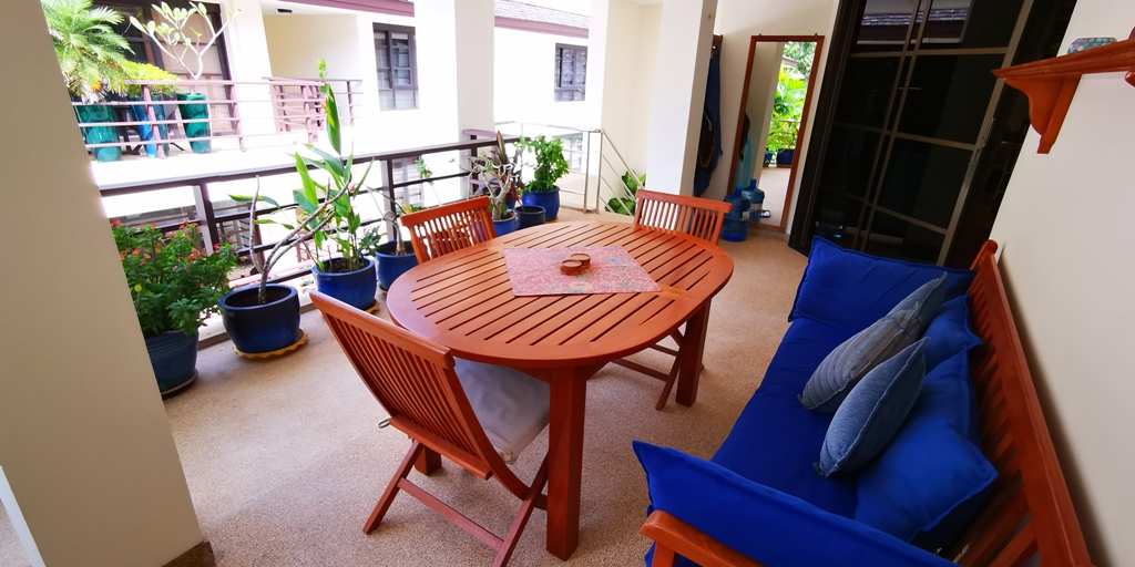 Cosy 1 Bed Apartment-Cosy 1 bed apartment Prime Real Estate 1689 terrace.jpg