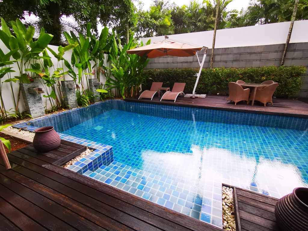 See Quiet 3 Bed Pool Villa - REDUCED TO SELL! details
