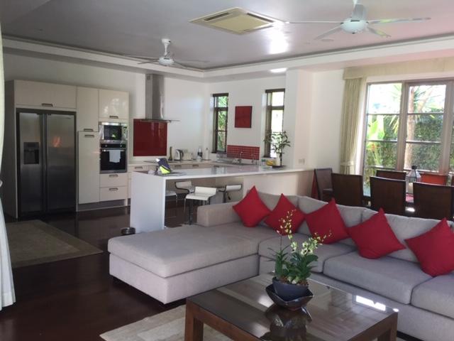 Delightful 3 Bed Pool Villa Bang Tao-v18_3231_img_0304.jpg