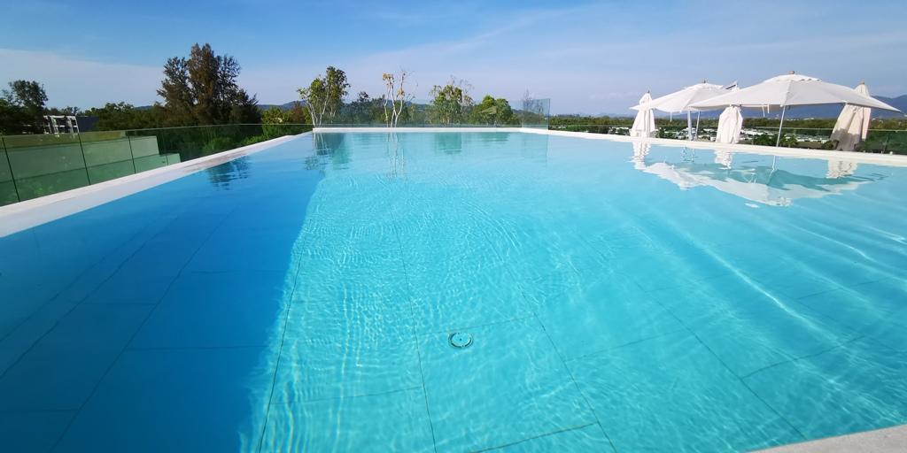 Wonderful 2 Bed Apartment-2 bed apartment 1708 pool.jpg