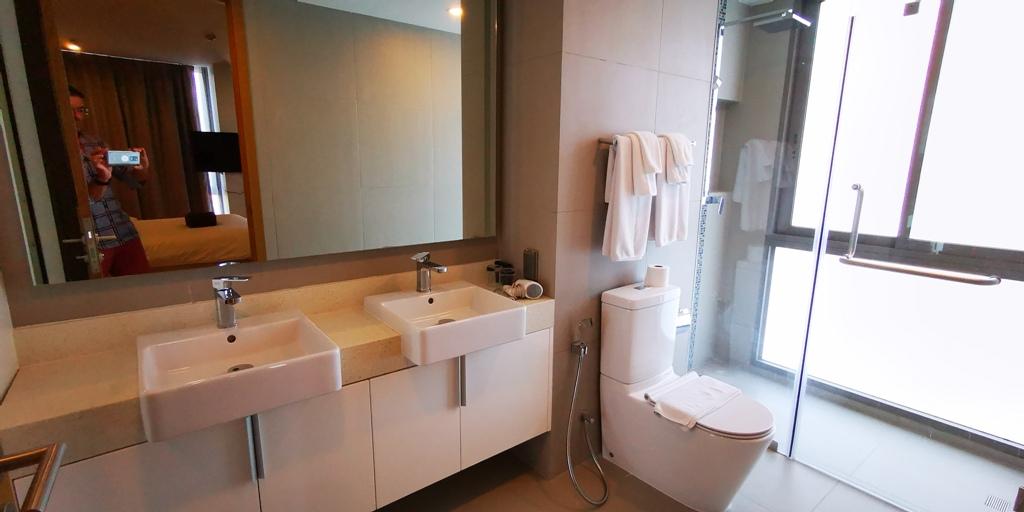 Wonderful 2 Bed Apartment-2 bed apartment 1708 bath2.jpg