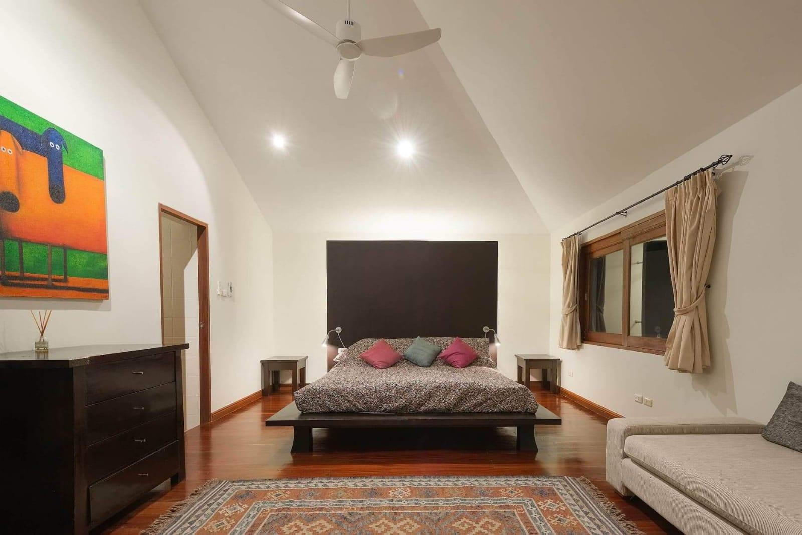 Loch Palm Courtyard 5 Bedrooms-e5426263-87d8-4d15-8b8d-ebe15db5651d.jpg