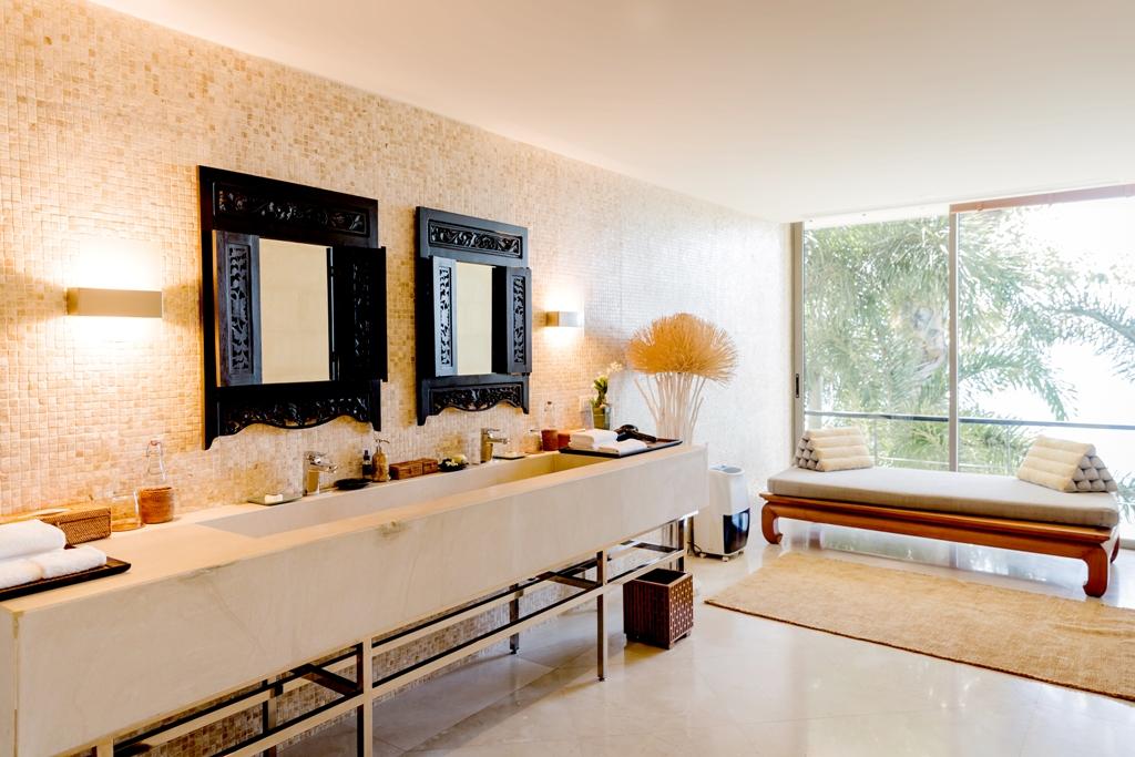 Stunning Oceanfront Family Villa-Stunning Oceanfront Family Villa 1713 bath3(1).jpg