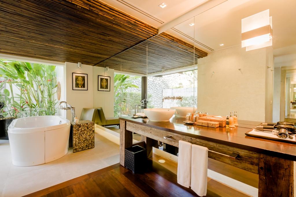 Stunning Oceanfront Family Villa-Stunning Oceanfront Family Villa 1713 master bath(1).jpg