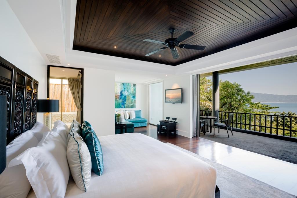 Stunning Oceanfront Family Villa-Stunning Oceanfront Family Villa 1713 bed view(1).jpg