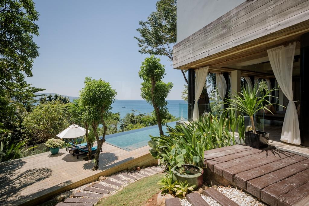 Stunning Oceanfront Family Villa-Stunning Oceanfront Family Villa 1713 pool deck(1).jpg