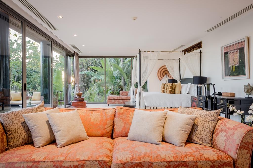 Stunning Oceanfront Family Villa-Stunning Oceanfront Family Villa 1713 sofa(1).jpg