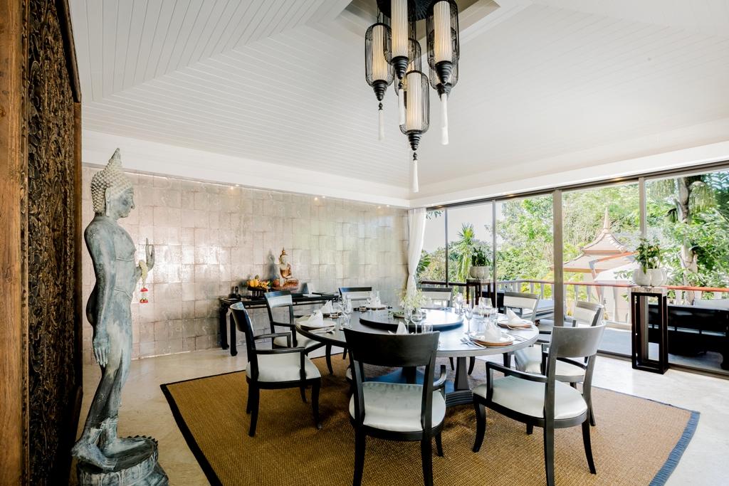 3 Bed Ocean view Pool Villa-Incredible 3 Bed Oceanview Villa 1714 dining.jpg