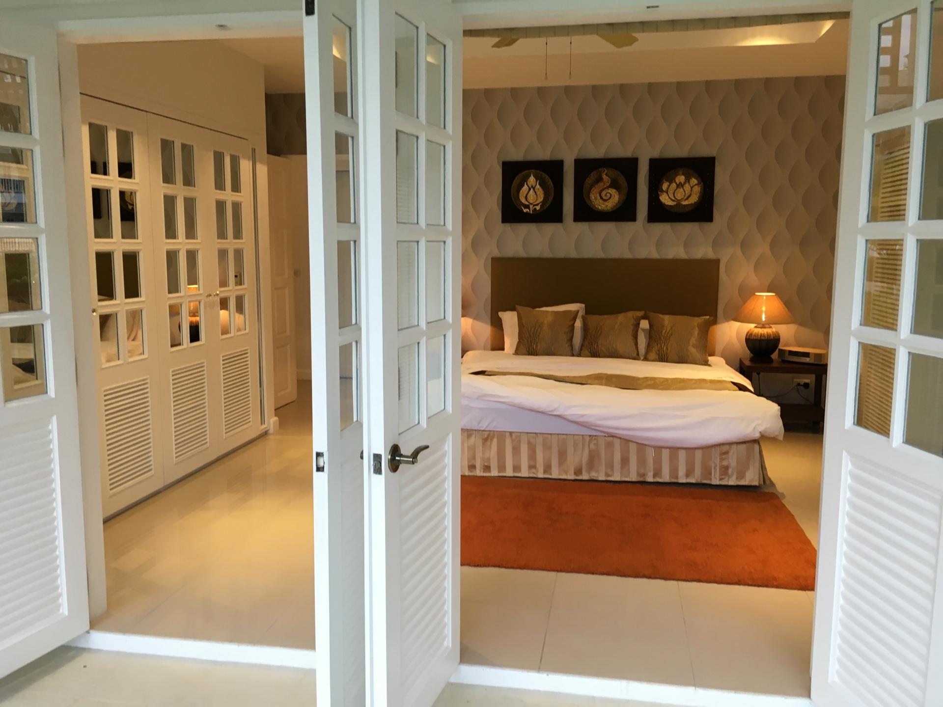 Luxury Ocean Breeze 2 Bedroom Condo-IMG_3886.JPG