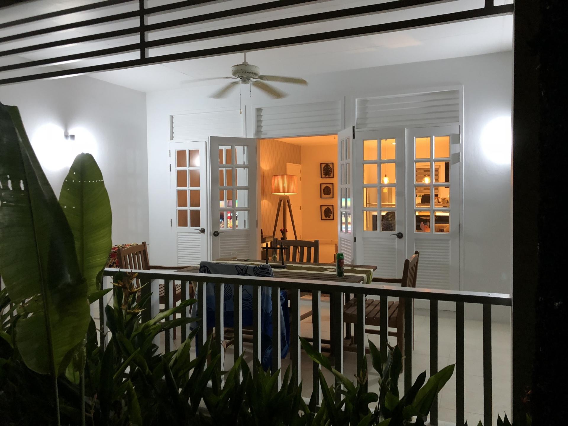 Luxury Ocean Breeze 2 Bedroom Condo-IMG_0328.jpg