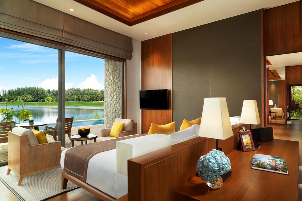 Ultra Luxury Beach Side Villas-Ultra Luxury Beach Side Villas - 1722D bedroom.jpg