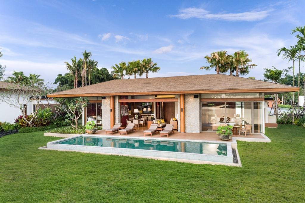 Ultra Luxury Beach Side Villas-Ultra Luxury Beach Side Villas - 1722D rear.jpg